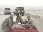 رجل أعمال يدفع أقساط رمضان عن 10 من رجال الأمن المرابطين