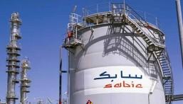 """""""سابك"""" توقع اتفاقية مع """"أرامكو"""" لتحويل النفط الخام إلى كيماويات"""