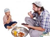 في ٧ خطوات .. كيف نمهد أجسامنا لصيام شهر رمضان؟