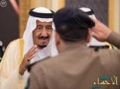 بالصور.. خادم الحرمين يستقبل المهنئين بشهر #رمضان المبارك