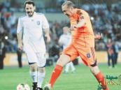 الرئيس التركي يلعب مباراة بجوار ميسي