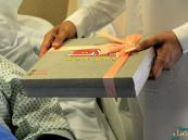 """بالصور.. فرحة عيد برفقة """"احتواء التطوعي"""" في #مستشفى_الموسى"""
