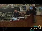 شاهد.. بائع كباب مصري في نيوزيلندا يتغلب على لص بطريقة أذهلت العالم
