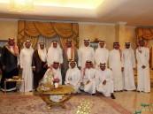 بالصور… طاقم إدارة الفتح يعايد أعضاء شرفه