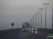 ٣٠٥ ملايين مسافر عبروا جسر الملك فهد في 30 عامًا