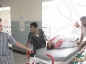 """بالصور … احتجاز طاقم طبي في فرضية بمستشفى """"العيون العام"""""""