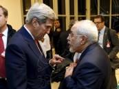 حاويات خشبية مكتظة باليورو وعملات أخرى هربتها واشنطن إلى إيران.. فما حقيقتها؟
