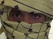 """بالفيديو.. مهندس لبناني يخترع """"كوفية"""" مضادة للرصاص !!"""
