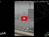 شاهد.. لحظة اشتعال النيران بالطائرة الإماراتية في مطار #دبي