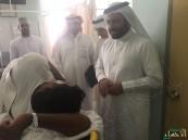 """بالصور.. """"باص عماني"""" يتعرض لحادث .. وبر #الأحساء تهب لنجدة مصابيه"""