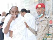 """""""ابتسامة"""" رجال الأمن .. أذابت اختلاف اللهجات ويسرت حركة الحجيج"""