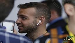 خبراء: سماعة أيفون 7 اللاسلكية الجديدة تؤثر سلبا على المخ