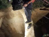 بالصور.. ضابط دفاع مدني أنقذ كلباً فسقط ميتاً بقعر أحد الآبار في #أبو_عريش