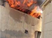 بالفيديو والصور.. حريق ضخم يلتهم أحد المنازل في الأحساء !!