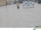شاهد بالفيديو .. أمطار غزيرة تغمر الطرقات في قطر