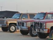 بالصور… 200 سيارة قديمة من أربع دول خليجية على أرض سفاري بقيق