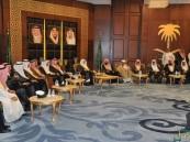 أمير الشرقية يستقبل المعزين في وفاة الأمير تركي بن عبدالعزيز يرحمه الله