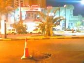 استشهاد مقيم وإصابة 7 إثر سقوط مقذوفات حوثية على مجمع تجاري بنجران