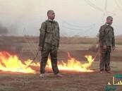 "بالصور … ""داعش"" يحرق جنديين تركيين في حلب"