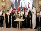 خادم الحرمين الشريفين يصل إلى مملكة البحرين للمشاركة في أعمال القمة الخليجية