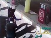 """المعتدي على عامل محطة """"الوقود"""".. في قبضة الأمن"""