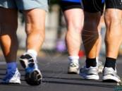 دراسة : الوقوف و المشي يخفضان مستوى السكر في الدم