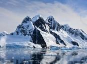 جبلٌ جليدي هائل على وشك الانفصال في قارة أنتاركتيكا.. وهذا ما سيحدث في العالم جراء ذوبانه!!