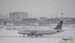 عاصفة ثلجية تعزل اسطنبول عن العالم