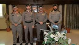 """اللواء """"المطيري"""" مدير شرطة الأحساء يقلد عدد من رجال الشرطة رتبتهم الجديدة"""