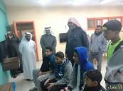"""بالصور… """"بالغنيم"""" يتفقد نادي الحي بمدرسة الإمام عاصم بالهفوف"""
