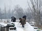 مقتل نحو 100 شخص بسبب الثلوج في أفغانستان وباكستان