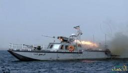 """""""زوارق إيرانية"""" تتحرش بسفينة أمريكية على الخليج العربي"""