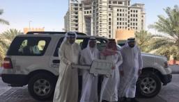 """بالصور… بنك """"الرياض"""" يُسلم """"خيرية السرطان"""" سيارة لخدمة مستفيديها بالأحساء"""