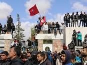 تونس… إصابة 20 شرطياً بعد اشتباكات حادة والاحتجاجات تصل العاصمة