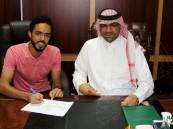 """الفتح يتعاقد مع لاعب الوسط """"الزقعان"""" لمدة 5 مواسم"""