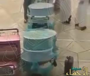 بالفيديو.. قدور حواشي بصحبة مواطنين مسافرين إلى تركيا !!
