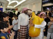 """شاهد… لوحة """"سعودية بحرينية"""" تُزين مهرجان """"الفوارس تمطر ذهباً"""" بأكثر من 30 صورة"""