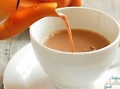 """دراسة: احترس من شرب """"الحليب بالشاي"""".. وهذا السبب!"""
