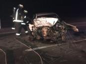 """بالصور… سيارتين تصطدمان وجهًا لوجه في طريق #العقير و 4 وفيات وإصابات """"حرجة"""" للغاية"""