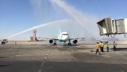 بالصور … وصول أول طائرة سعودية لمطار #بغداد بعد 27 عاماً
