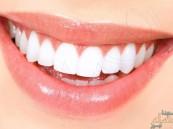 6 طرق طبيعية لتبييض الأسنان تغنيك عن المعجون
