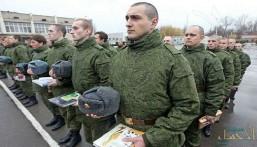 """بوتين يفاجئ جنوده وضباطه بـ""""حميميم"""".. ويسحب قواته من """"سوريا"""""""