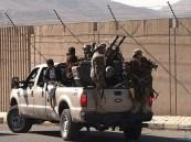 قبائل اليمن تتحرك .. الاستيلاء على 20 عربة مسلحة حوثية وأسر من عليها