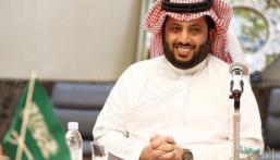 آل الشيخ لإعلامي إماراتي: أنت وزارة إعلام متنقلة