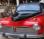 """شاهد.. أقدم سيارة """"بيجو"""" تجولت في شوارع الأحساء قبل 70 عامًا !"""