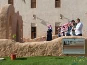 """بالصور… """"الري"""" تنقل """"مسجد جواثى"""" الأثري للجنادرية"""