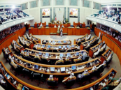 البرلمان الكويتي يصوت على قبول الأجانب في الجيش الوطني .. قريبا