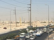"""أخيراً .. مصادر تُرجّح: افتتاح طريق """"أسواق القرية – المطار"""" بعد غد الأربعاء"""