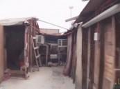 """لن تصدق.. هذا المنزل في #الأحساء و""""عود كبريت"""" قد يحوله لجحيم!! (فيديو وصور)"""
