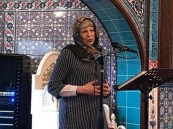 """تيريزا ماي """"محجبة"""".. و""""فرصة للتعرف على الإسلام"""""""